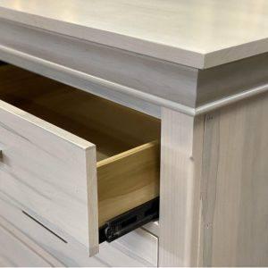 solid-wood-dresser-Manhattan Bedroom Case-05